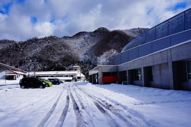 今回大雪に見舞われた山陰の皆さまにとっては生活にとって大変な雪・・・
