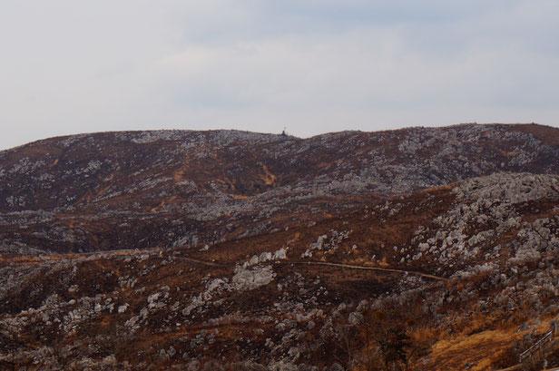 アメリカ人の方はこの景色を見て怒っていました。自然破壊だと・・・・