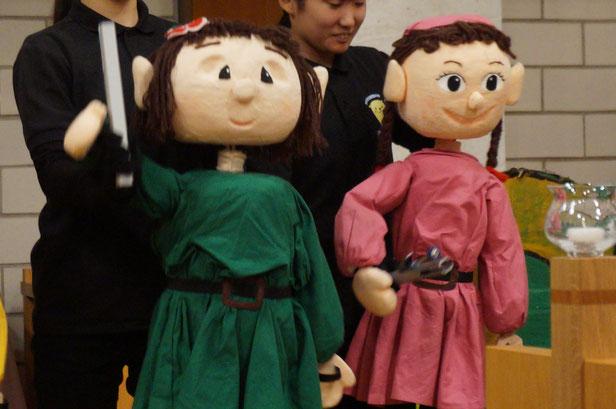 18時からは倉敷市立短大の人形劇サークルのみなさんのクリスマスショーを観劇
