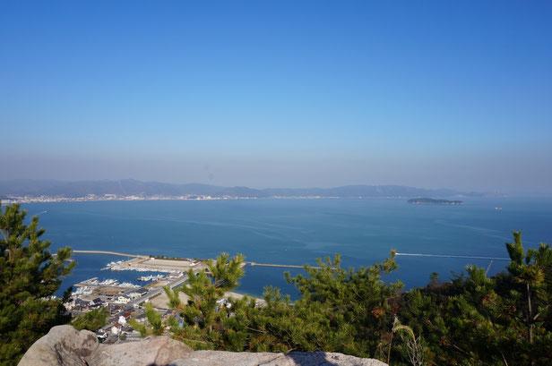 鷲羽山の頂上からの眺め。