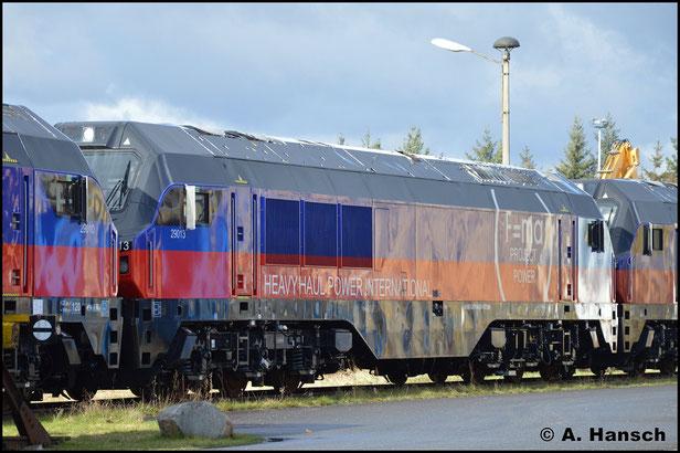267 006-5 (HHPI 29013) steht am 12. Februar 2019 hinter 267 003-2 (HHPI 29010) im Werk Cottbus