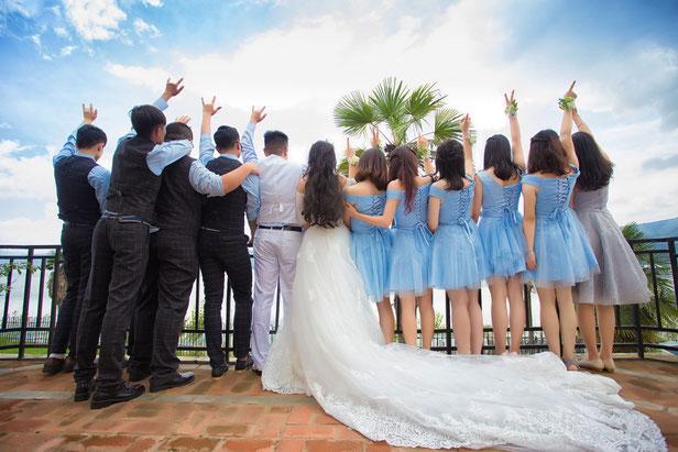 Trauzeugen, Brautjungfern, Groomsmen - die Must Haves für Hochzeiten