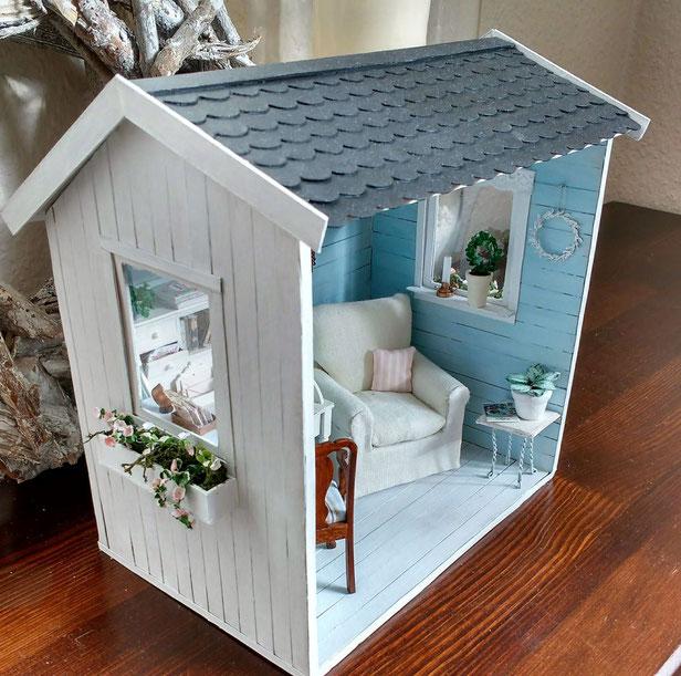 Miniatur-Gartenhaus 1 zu 12