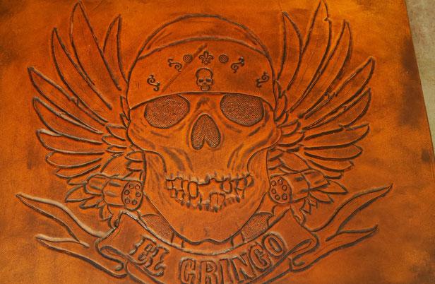 Travail stagiaire cuir - El gringo - repoussage