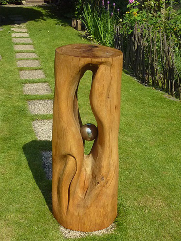 Geheimnis, Skulptur, Eiche, Holzschnittkunst mit der Kettensäge
