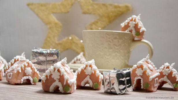 Weihnachtshäuschen Tassenkeks
