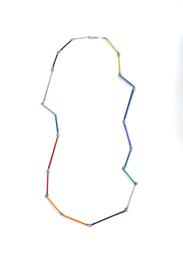 Spectral  Halsschmuck  Edelstahl, Recycelte Kunststoff  2019