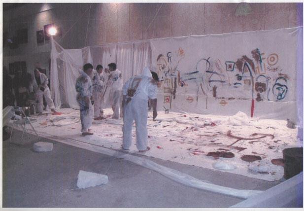 """Artistes Danseurs Peintres  et Sculpteur """" Caco """" dans une performance pour le Carrefour des Artistes Plasticiens"""