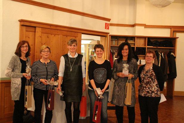 Übungsleiterinnen: Susanne, Uschi, Christina, Doris, Iris