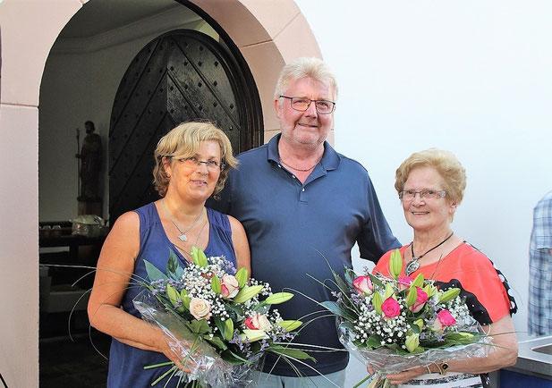 v.l. Sabine Setz, Ortsvorsteher Toni Schäfer, Edith Wirtz