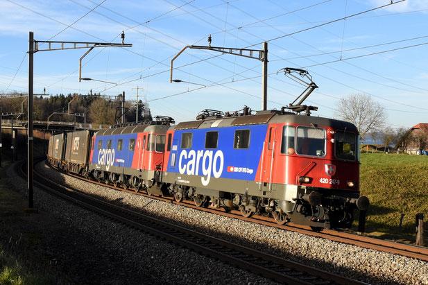 SBB Re 10/10 Güterzug Bahnfoto P.Trippi Bahnfotos Schweiz P. Trippi