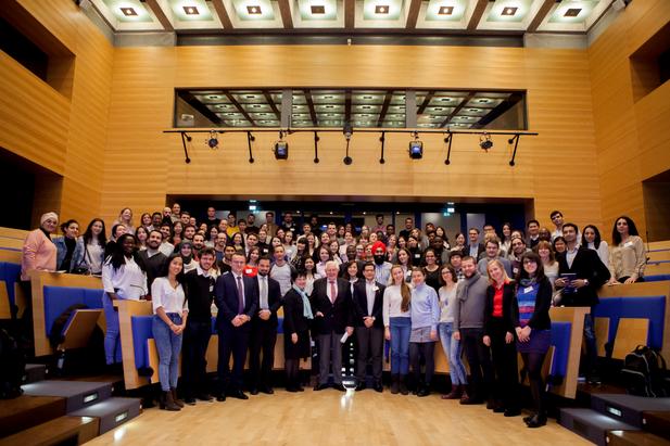 Über 100 internationale Stipendiatinnen und Stipendiaten der Konrad-Adenauer-Stiftung treffen sich zum NIS-Jahrestreffen in Berlin