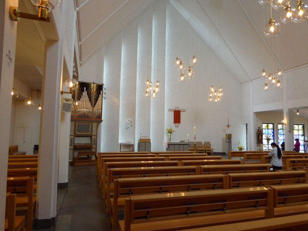 Der Kirchenraum von St. Lars.