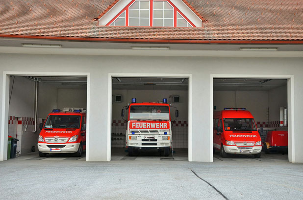 Feuerwehrfahrzeuge FF Hainersdorf