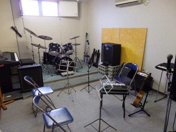 写真:今野楽器店レッスンスタジオ