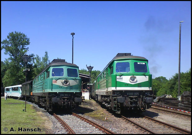 234 304-4 und 232 155-2 stehen am 24. Mai 2009 zum Bw-Fest in Schwarzenberg. Das Bild ist damals mit dem Handy geschossen worden