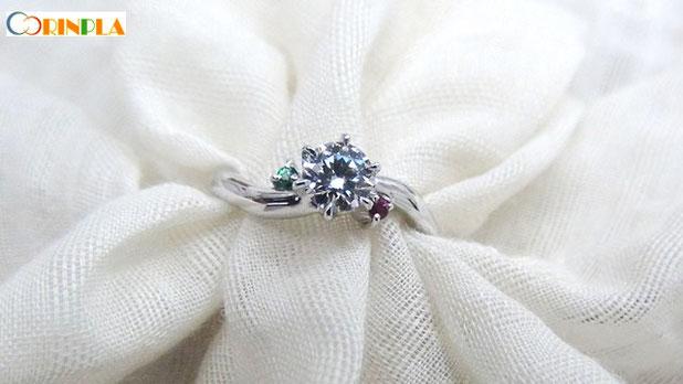 想いのこもった婚約指輪