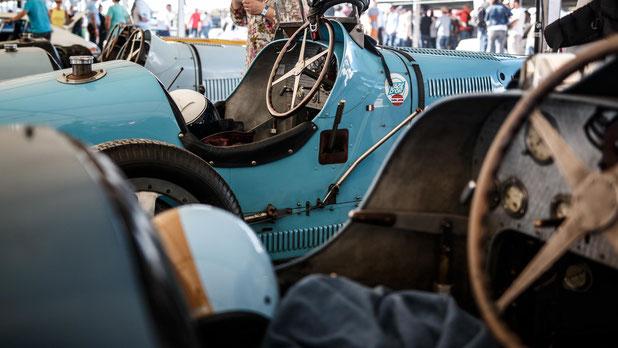 Bugatti Type 35 de 1926, bien entourée