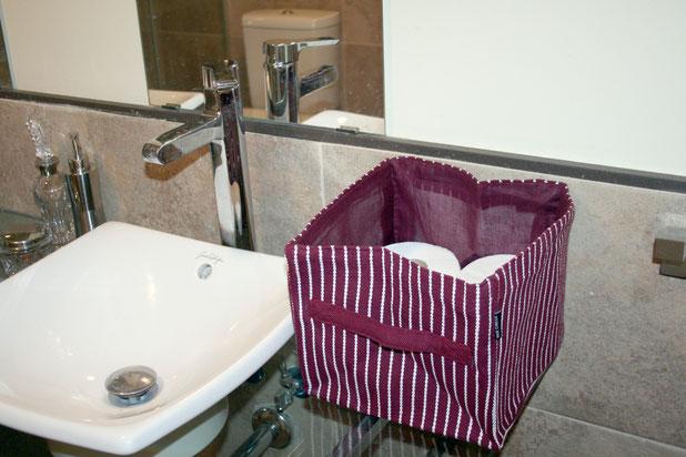 Cestos para guardar todo tipò de cosas del baño, maquillajes, toallas, rollos de papel...