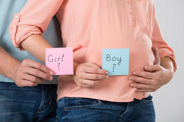 Fille ou garçon ? Découvrir le sexe de son bébé. Gender reveal party