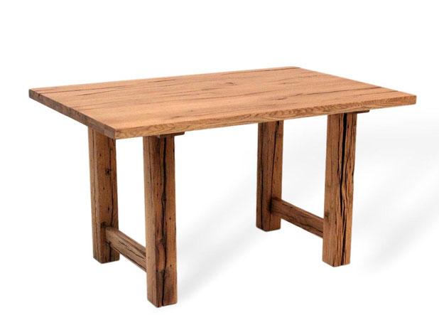 Esstisch aus Eiche Altholz