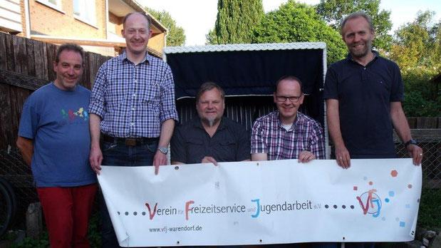 Die Notfallmanager des VFJ (von links), Dieter Nissen, Oliver Prinz, Daniel Kiehne, Thomas Mundmann und Ansgar Westmark, sind während der Ferien für die Ferienlagerteams rund um die Uhr erreichbar.