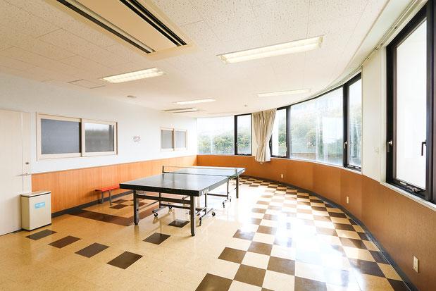プレイルームの卓球台