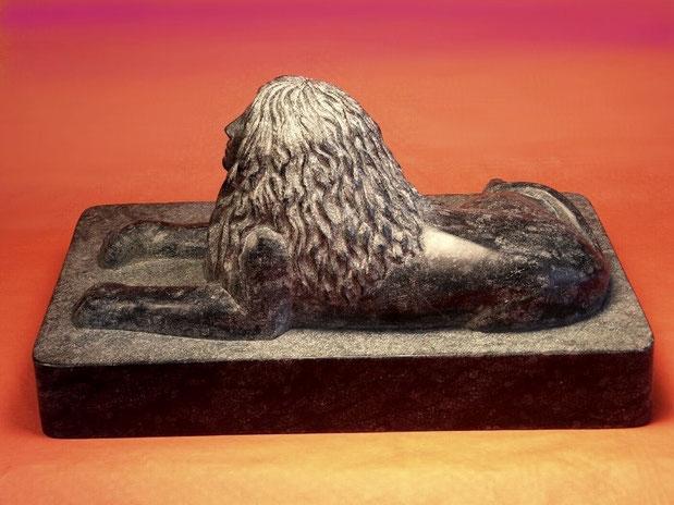 Skulptur Sphinx aus Naturstein.