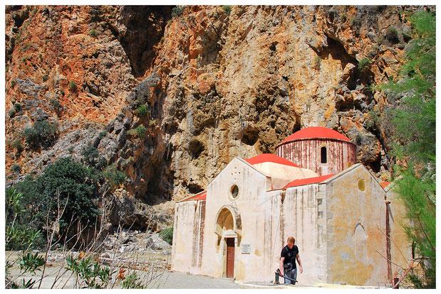 In der Schlucht befindet sich auch eine kleine Kapelle