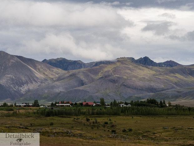 Berge und Farmen