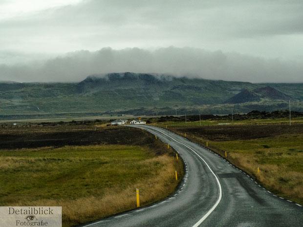Straße auf der Snaefellsnes Halbinsel