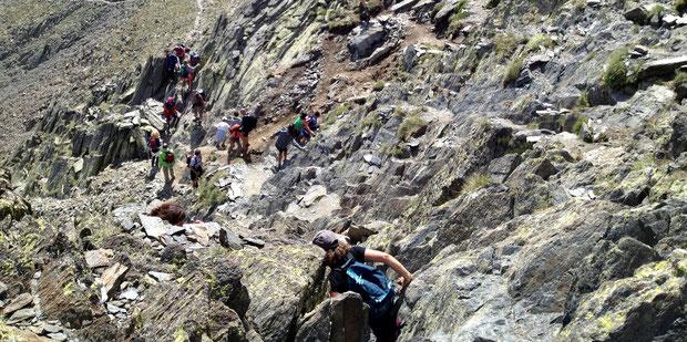 Passage escarpé en approche du sommet