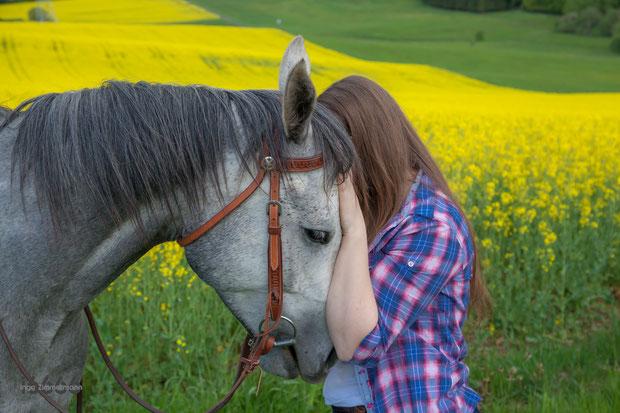 Reiterin, Pferd, Vertrauen, Freundschaft