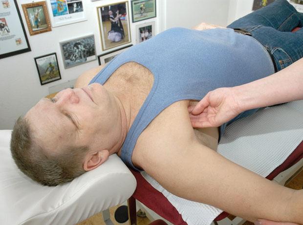 Myofasciale Triggerpunkttherapie bei Physiotherapie Andreas Mühlheim GmbH