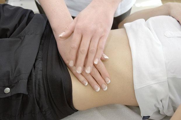 Behandlung mittels Manueller Lymphdrainage bei Physiotherapie Andreas Mühlheim GmbH