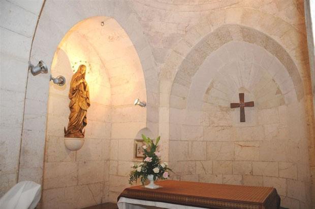 Imagen de la Inmaculada Concepción dentro de la Gruta