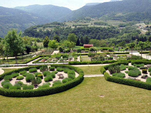 L'Orto dei semplici di Palazzo Eccheli - Baisi con annesso giardino botanico del Monte Baldo (Foto Bertolli)
