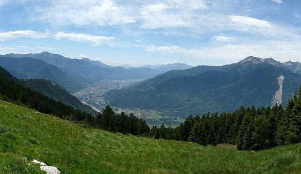 Aussicht von der Alpe  Domàs beim Claro