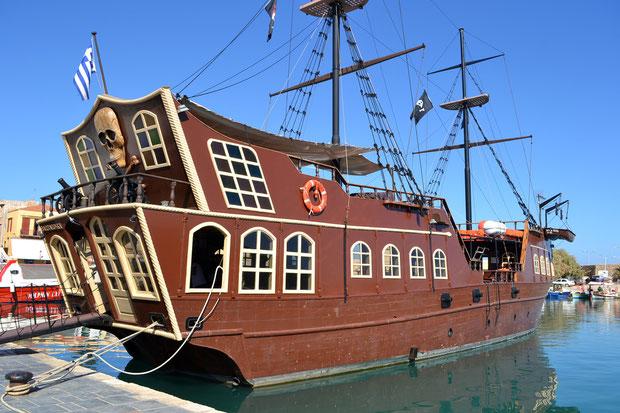 Пиратский корабль Барбаросса в Ретимно