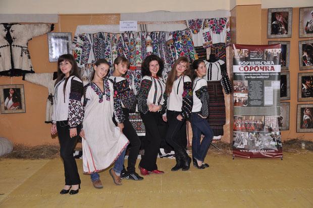 """зразковий художній театр танцю """"Барви"""", керівник Желяско О.В."""