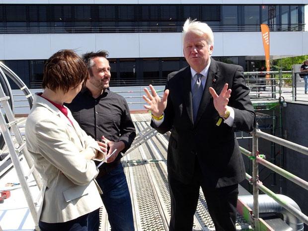Foto:  DA  vlnr Frau Dr. Timmerhaus (Emscher Genossenschaft), Marius Drahtler (Architekt  DA ), Ullrich Sierau (Oberbürgermeister der Stadt Dortmund)