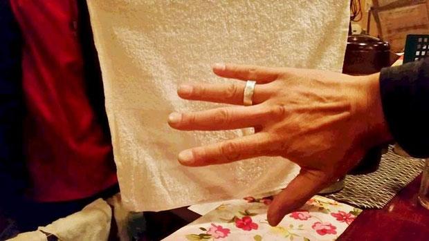 誕生日に手作りした指輪を贈る