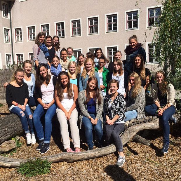 Schuljahr 2015/16  Kurs 1 (Althaus) der Fachakademie