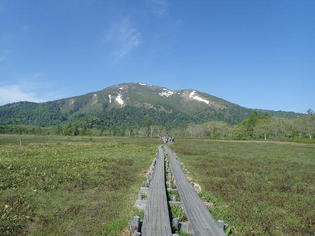 前回、草紅葉の時期に登った至仏山が懐かしい!!