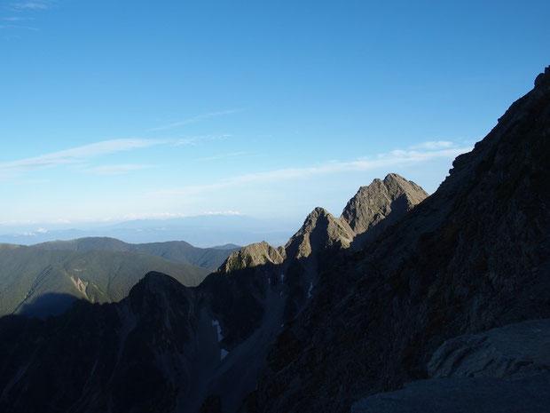 下山後の風景:前穂高岳が夕日の映えていました。