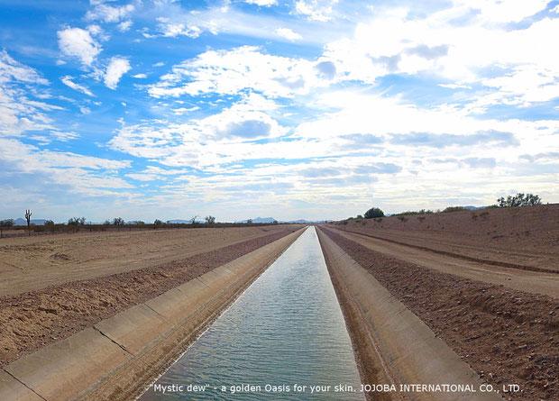 ♔ アリゾナ州ハクアハラヴァレー灌漑用水路