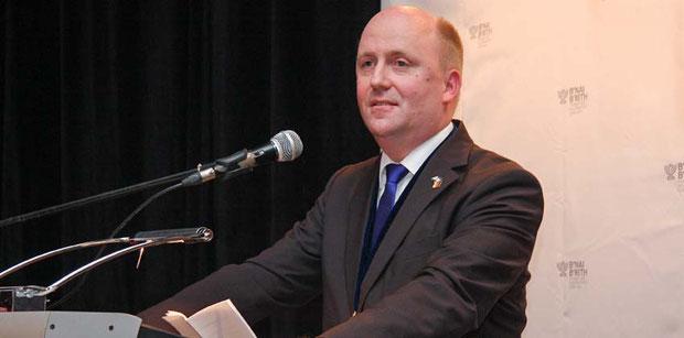 Uwe Becker stellte den Antrag gegen den Boykott israelischer Waren.