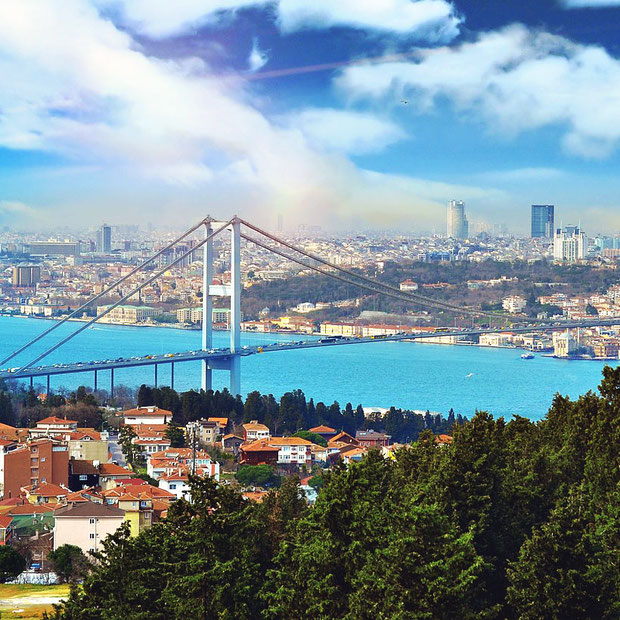 Istanbul | 20 Photos That Will Make You Want To Visit Turkey! | via @Just1WayTicket