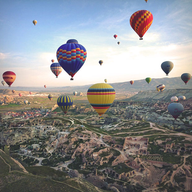 Hot Air Balloons in Cappadocia | 20 Photos That Will Make You Want To Visit Turkey! | via @Just1WayTicket