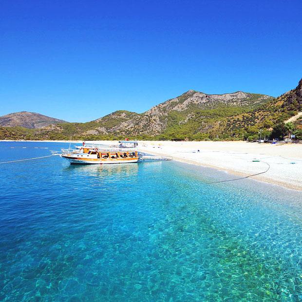 Ölüdeniz and Fethiye - Turkey's Mediterranean Seaside | 20 Photos That Will Make You Want To Visit Turkey! | via @Just1WayTicket